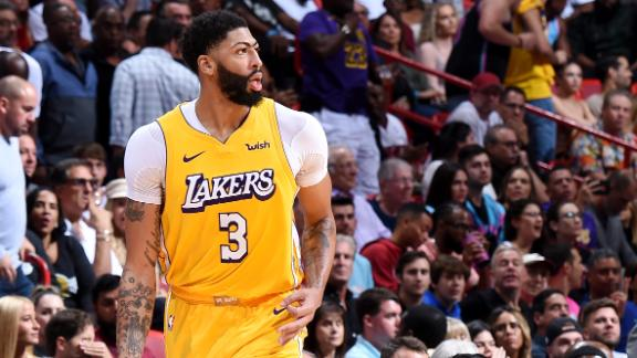 AD, LeBron combine for 61 points in Lakers' win