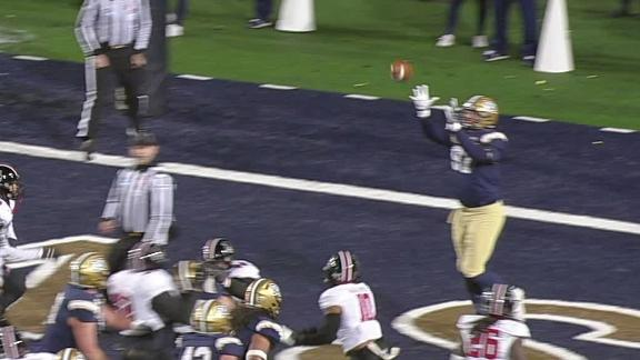 Montana St. scores off the jump pass
