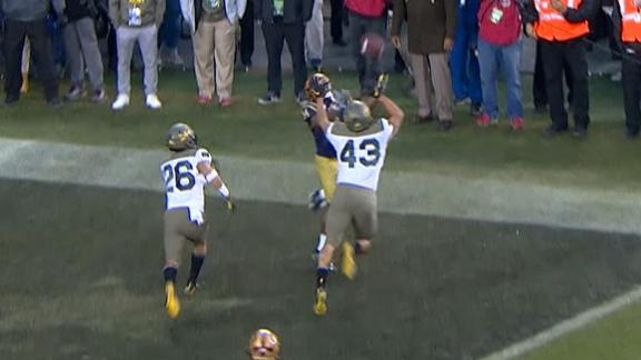 Navy scores TD on remarkable trick pass