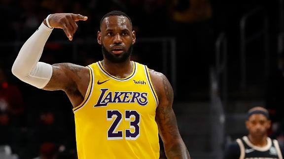LeBron's 32 points powers Lakers to close road win