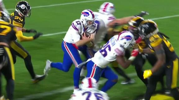 Allen calls his own number for TD