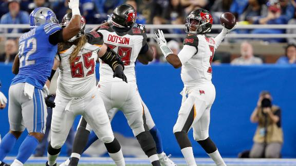 Winston's epic 1st half leads to Bucs' win over Lions