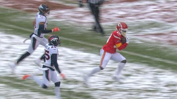 Mahomes airs it out to Hill for a 41-yard TD