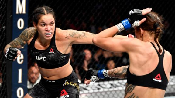 Nunes defends bantamweight belt vs. de Randamie
