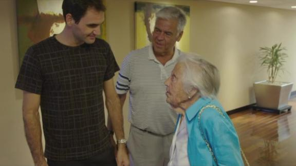 Federer meets his 107-year-old superfan Dorothea