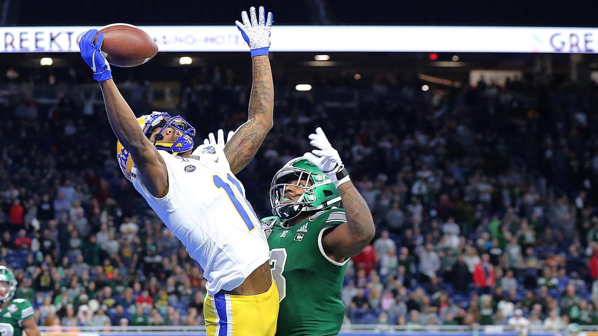 Pitt takes late lead on Mack's incredible end zone grab