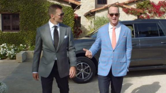 Peyton and Tom Brady attempt to break into Jim Nantz's estate