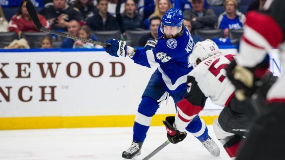 Kucherov nets a pair in Lightning win