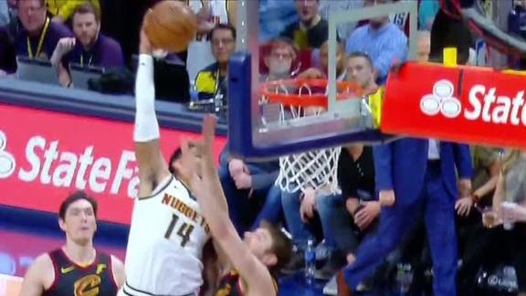 Harris hammers dunk over Dellavedova