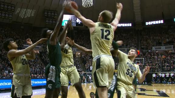 Marble goes to work in the paint for Michigan State
