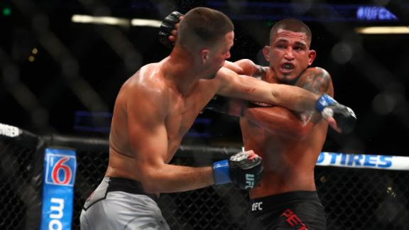 Pettis details suffered cut before Diaz fight