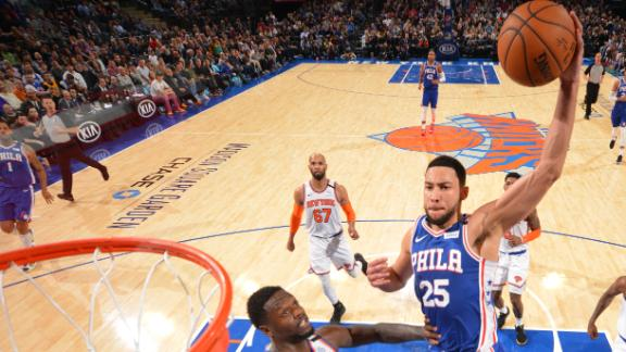 Simmons turns MSG into blacktop dunk party