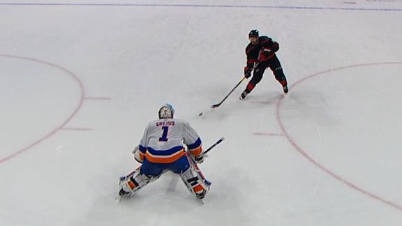 Williams nets shootout goal in Hurricanes' win vs. Islanders