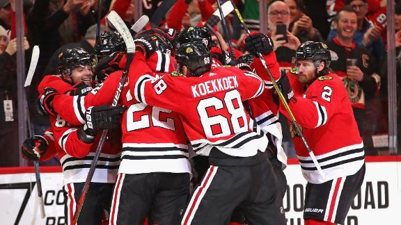 Blackhawks celebrate Kane's 1,000th point