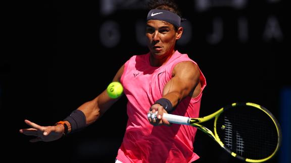 Nadal advances to 2nd round in straight sets