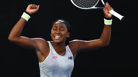 Coco Gauff upsets Osaka with straight-sets victory