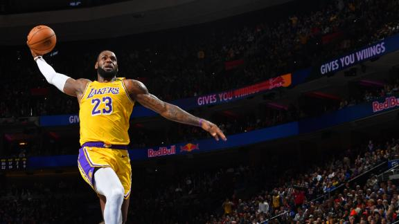 LeBron eclipses Kobe on all-time scoring list, drops 29 in loss