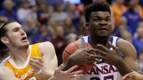 Kansas survives late scare from Tennessee