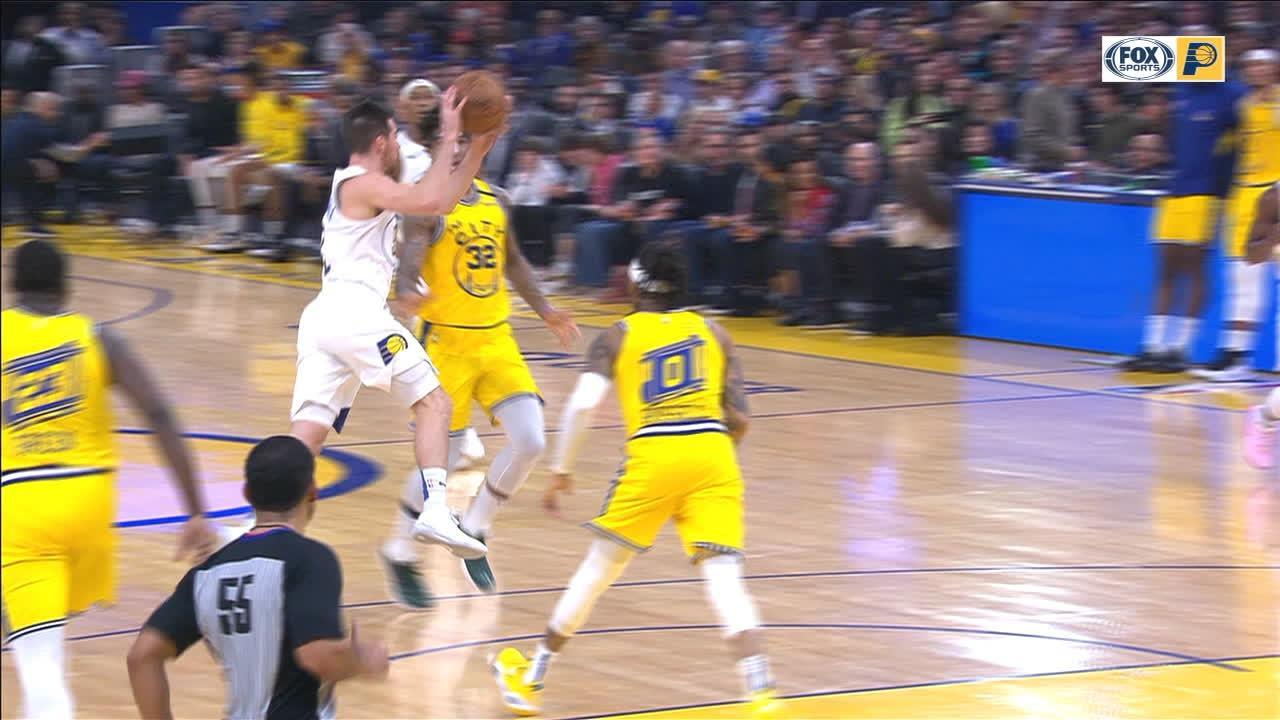 McConnell's no-look pass leads to McDermott's dunk