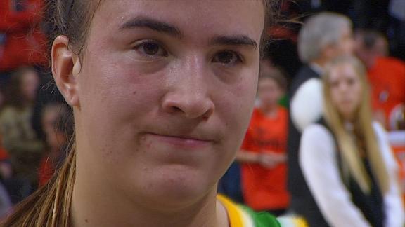 Ionescu dedicates Oregon's season to Kobe
