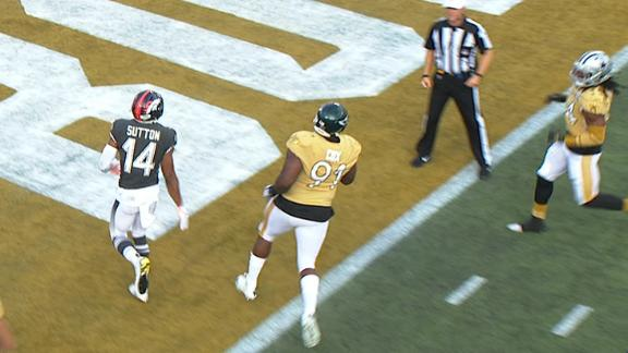 Cox gets lateral, returns it 61 yards for big man TD