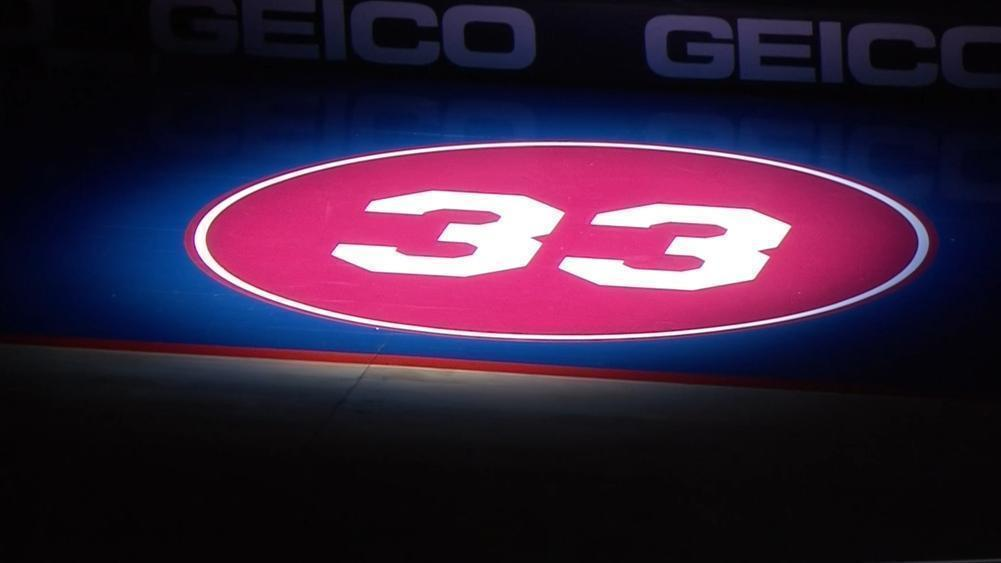76ers hold 33-second moment of silence, Kobe's HS jersey number