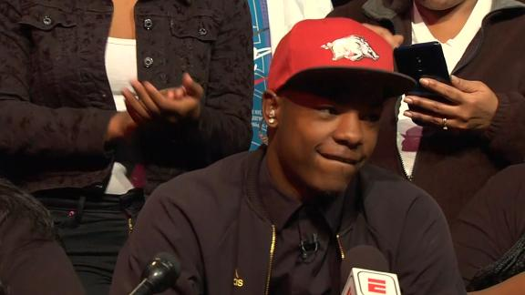 Hornsby commits to Arkansas