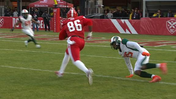 DC Defenders use trick play to score TD