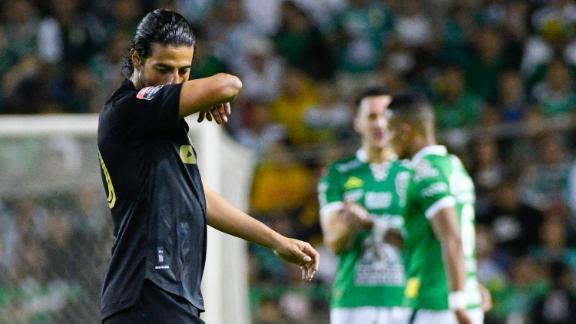 Carlos Vela y el LAFC sucumbieron en su visita al feudo de León