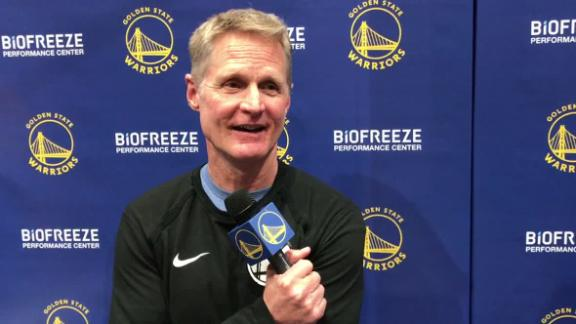 Kerr on Steph wearing non-contact jersey: 'We're calling him Tom Brady'