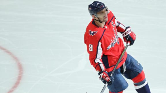 Ovechkin nets 699th goal
