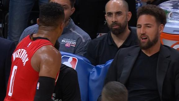 Westbrook smacks Lee, talks trash to Warriors' bench, gets ejected