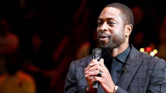 Wade delivers heartfelt speech at retirement ceremony