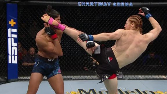 'Alpha Ginger' tags opponent with high kick