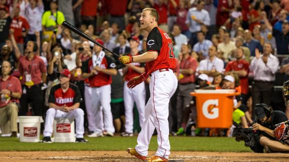 Frazier outlasts Pederson in exciting 2015 HR Derby