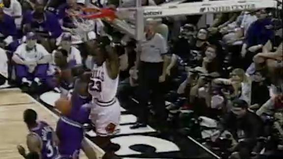 Phil Jackson breaks down the '98 Bulls' triangle offense