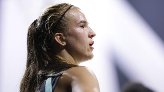 Ionescu drops 12 points in quiet WNBA debut