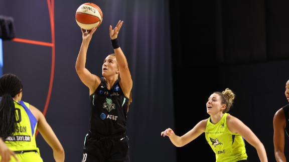Ionescu goes off for 33 vs. Wings