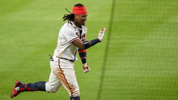 Acuna takes a curtain call ... with no one in the stands