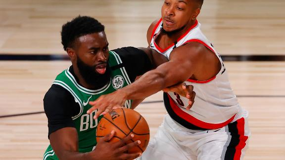 Brown erupts for 30 in Celtics' win vs. Blazers