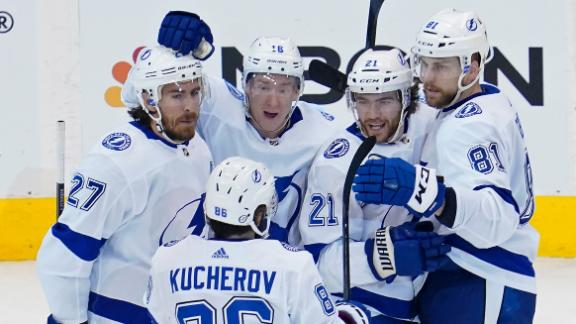 Lightning top Blue Jackets in pivotal Game 3
