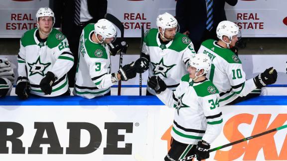 Stars advance behind Gurianov's 4 goals