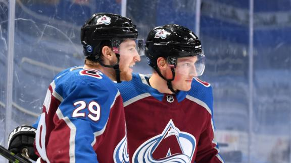 Avalanche score five first-period goals to avoid elimination
