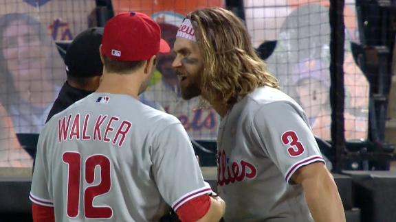 Harper confronts umpire, gets ejected in fifth inning