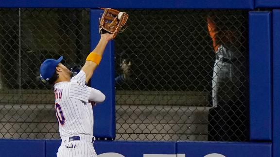 Conforto's catch-of-the-year candidate is a must-see