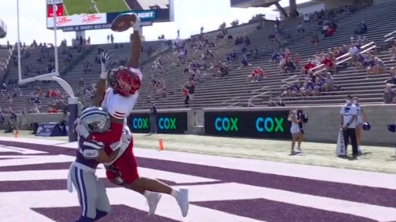 Arkansas State WR nearly hauls in this leaping fingertip TD