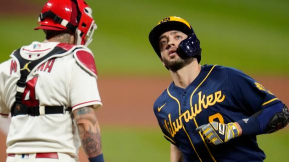 Brewers blank Cardinals, keep playoff hopes alive