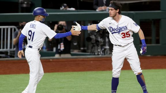 Dodgers' ninth-inning rally comes up short