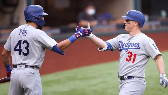 Dodgers come out hot in first inning with three homers
