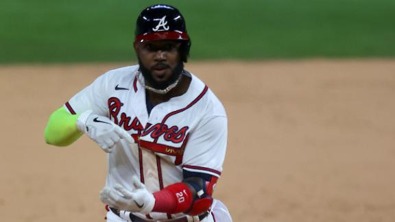 Ozuna shines with two homers as Braves dominate Game 4